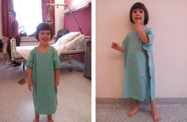 Voor de operatie met het typische ziekenhuis hemdje