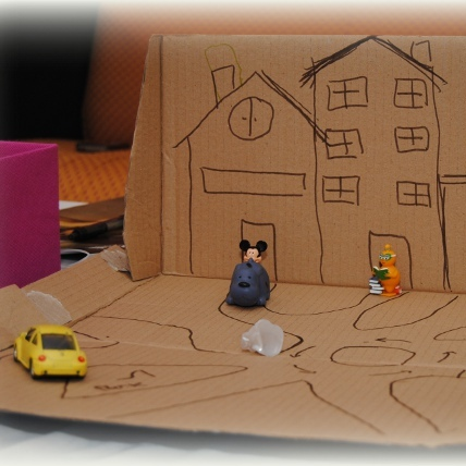 craft activity with kids - cardboard city