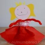 Knutsel je eigen prinses van papier en karton