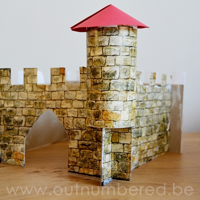 castle-out-of-cardboard-featured